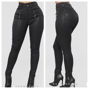 Fashion Nova 'Looking Good' High rise Pants
